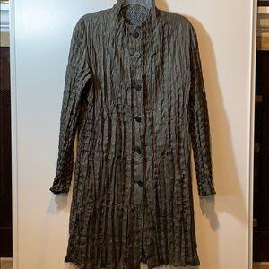 Issey Miyake Men Crinkled-Effect Reversible Coat